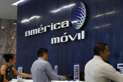 Mexico's America Movil gets approval to buy spectrum from Grupo MVS