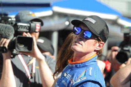 Indy pole winner Dixon robbed at restaurant drive thru