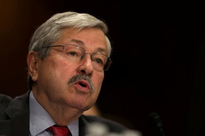 Senate confirms Iowa Governor Branstad as ambassador to China