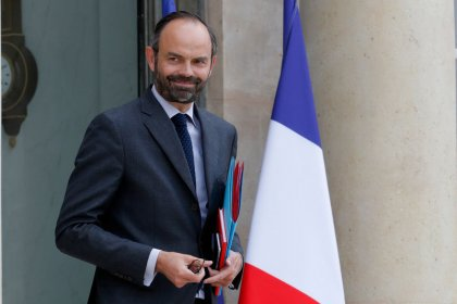 French PM calls for vigilance in France after Manchester attack