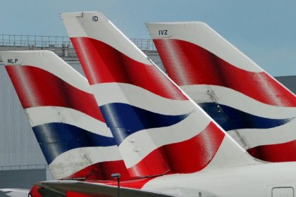 UK passengers suffer long delays after global British Airways IT outage