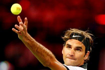 Federer alcanza su undécima final en Halle tras vencer a Jachanov