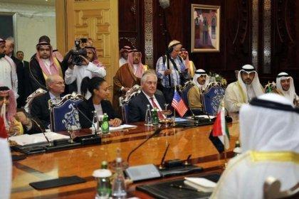 أسواق العالم تحصي اعتمادها على أموال الخليج مع استمرار الخلاف القطري