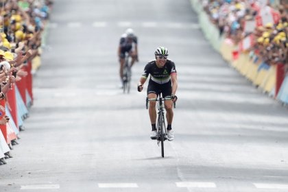 Cycling - Boasson Hagen takes stage win, Froome closes in on victory