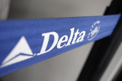 U.S. fines American, Delta, Frontier for violating over consumer rules