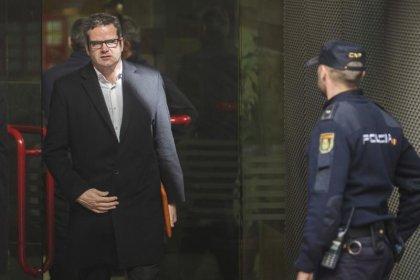 """EEUU desestima cargos criminales contra Martín-Artajo y Grout por el caso """"ballena de Londres"""