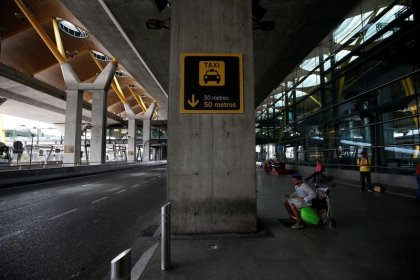 El Ayuntamiento de Madrid pide a la CNMC determinar si Uber Airport es competencia desleal