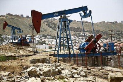 Цены на нефть стабильны, инвесторы ждут встречи ОПЕК+ в Санкт-Петербурге