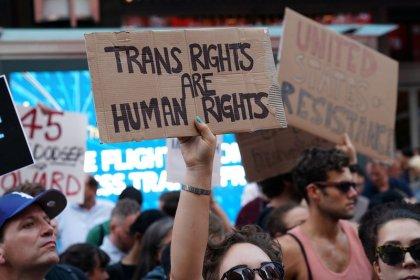 Trump to ban transgender military personnel, reversing Obama