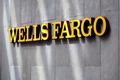 Wells Fargo board not changing quickly enough: NYC Comptroller