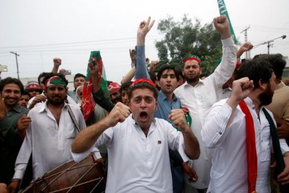 Pakistan faces political turmoil as PM Sharif ousted in wealth probe