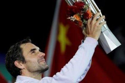Federer arrolla a Nadal para hacerse con el Masters de Shanghái
