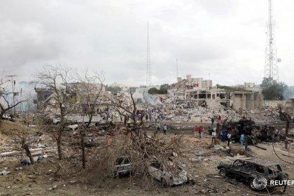 Число жертв взрывов в Сомали превысило 300