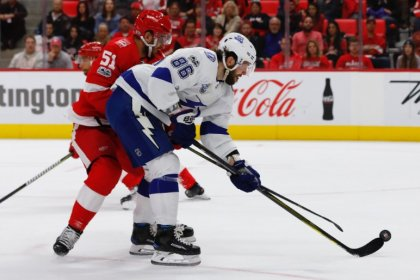 Highlights from Monday's NHL game