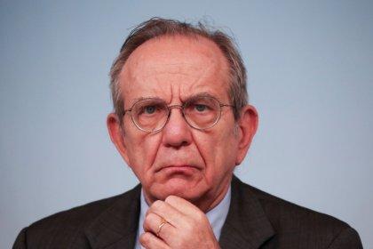 Banche Italia, Moody's conferma outlook negativo, per Padoan giudizio non realistico