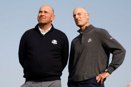 Golf: Furyk and Bjorn follow in Palmer's footsteps by hitting balls off Eiffel Tower