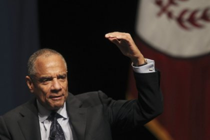 Kenneth Chenault to step down as AmEx CEO after nearly 17 years