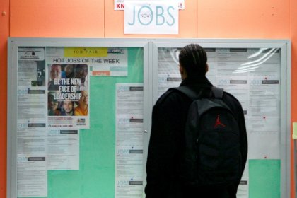 U.S. jobless claims hit 44-1/2-year low; mid-Atlantic factories humming