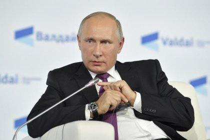 Putin diz que COI está sob pressão dos EUA para barrar Rússia nos Jogos de Inverno