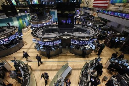 Records in extremis à Wall Street, Apple plombe le Nasdaq