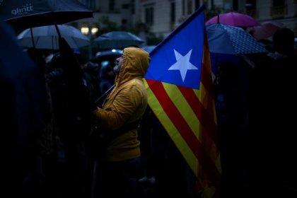 Governo espanhol quer realizar eleições regionais na Catalunha em janeiro, dizem socialistas