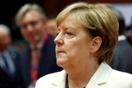 Merkel começa a negociar coalizão crucial para se manter no poder na Alemanha