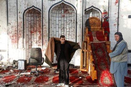 Взрывы смертников в Афганистане унесли 72 жизни