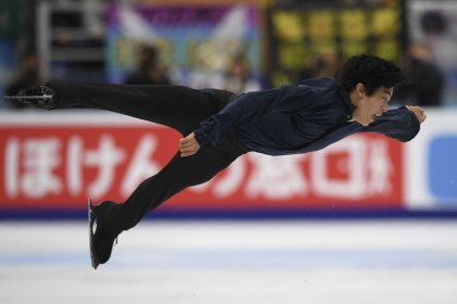Chen, Medvedeva win grand prix opener