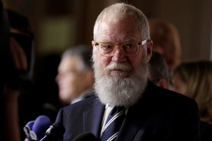 David Letterman, celebrated late-night TV host, receives U.S. humor prize