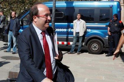 La aplicación del 155 en Cataluña pone en un brete al PSC