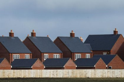 UK house price growth peters out, London weakest since 2009 - RICS