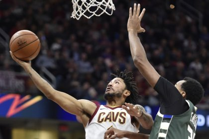 Cavs' Rose to miss up to three weeks with ankle sprain
