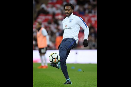 Pochettino denies rift with omitted Spurs defender Rose