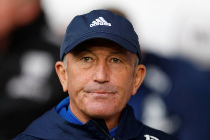 Pulis sacked as West Brom head coach