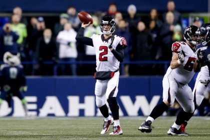 Falcons hang on for win as Seahawks field goal fails to fly