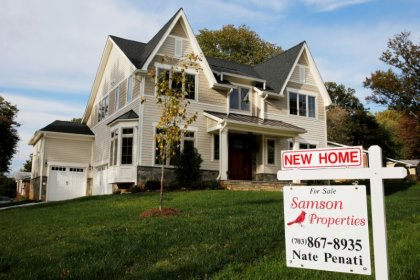 U.S. homes sales accelerate; supply still a constraint