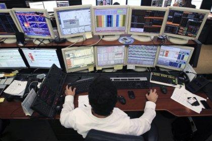 Borsa Milano chiude in frazionale calo, male Carige, sale Leonardo