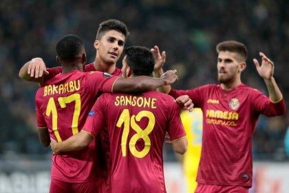 ميلانو وفياريال ونيس يتأهلون لدور 32 في الدوري الأوروبي