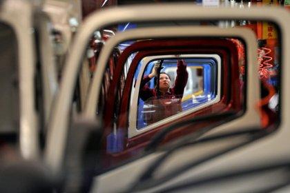China November factory growth unexpectedly picks up despite pollution crackdown