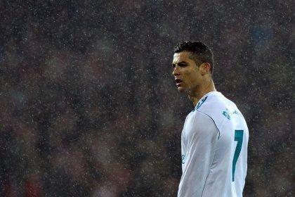 El Real Madrid no consigue aprovechar el traspié del Barça y también empata