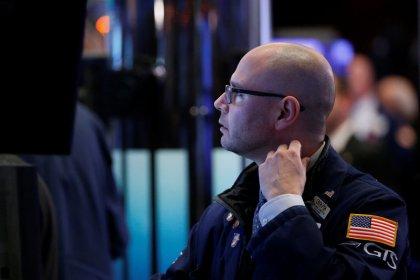 Yields fall, global stocks choppy as risk appetite wanes