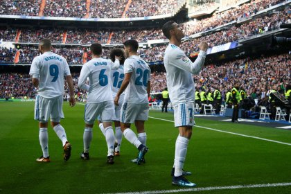 Real Madrid enfrentará PSG em oitavas de final da Liga dos Campeões