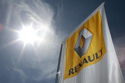 Renault se prepara para caros sem motoristas comprando participação em revistas