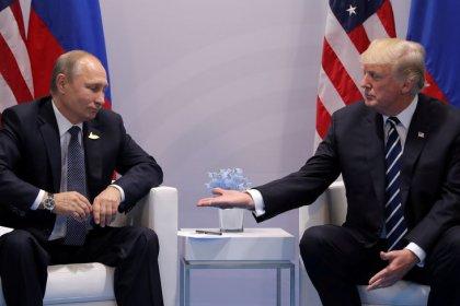 Putin e Trump discutem relações bilaterais e situação na península coreana, diz Kremlin