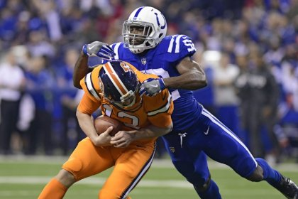Osweiler's three TDs lift Broncos over Colts