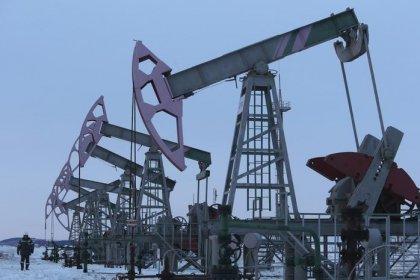 Цены на нефть стабильны на фоне снижения предложения, рост добычи в США ограничивает рост
