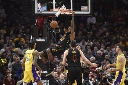 Highlights of Thursday's NBA games