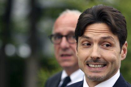 Vivendi-Mediaset, richiesta rinvio a udienza del 19 dicembre