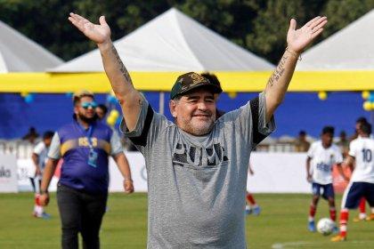 """Maradona insta a que el Real Madrid """"venda"""" a Bale"""