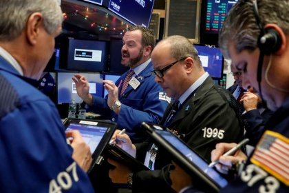 الأسهم الأمريكية ترتفع عند الفتح مدعومة بتفاؤل بشأن مشروع قانون الضرائب